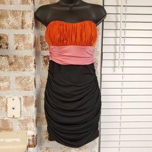 Strapless ribbed tight mini dress